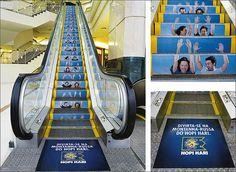 Reklama - schody ruchome