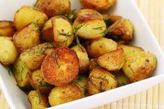 Картофель с укропом и чесноком получается очень ароматный и вкусный.