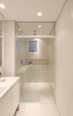 Clean e OusaDecoração de apartamento clean e ousado. No banheiro, lavabo, cuba branca, tons neutros. #decoracao #decor #details #casadevalentina do   Casa de Valentina