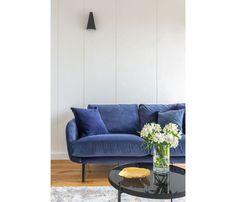 Mieszkanie na Woli - zobacz ciekawy miks stylów - Galeria - Dobrzemieszkaj.pl Sofa, Couch, Love Seat, Furniture, Home Decor, Settee, Settee, Decoration Home, Room Decor