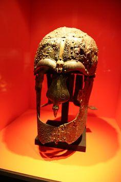 Viking Helmet ---------------------------------------------------------------------------------------------------------------------------------------------------------------------------------------------------(Viking Blog (copy/paste) elDrakkar.blogspot.com)
