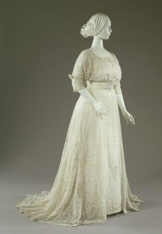 Afternoon Dress Artist: House of Doucet (French), attributed maker Date: 1907-1908 Place: poss. Paris/France Medium: Cotton, silk