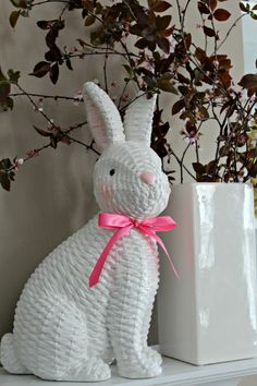 Ringing in Spring Home Tour - Down Home Inspiration Easter Crafts, Fun Crafts, Newspaper Crafts, Spring Home Decor, Spring Has Sprung, Tapestry Weaving, Quilling, House Tours, Wicker