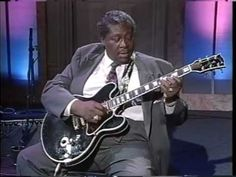 BB King - Guitar Lesson - Phrasing and Progession in G - YouTube