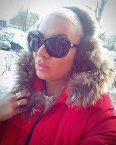 Witam w ten zimny ale słoneczny poniedziałek...😊udanego dnia moi przyjaciele ig😚 #goodmorning #dziendobry #polishgirl #monday #sunglasses #pink#buzzcut #blonde #look #ootd#fashion #fashionblogger #fallowme #beautiful #instagood #instafrends #instacute #like4likes