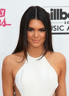 "As a Kardashian relative, we weren't surprised that Kendall showed up with the three ""s""s: sleek hair, smoky eyes, and side boob at the Billboard Music Awards."