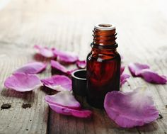 5 Essential Oils For Love Sensuality