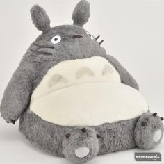 Totoro sofa: my boyfriend´s new DYI project  ^^