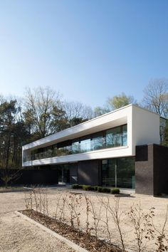 Home Sweet Home » Modernisme, warmte en kunst in het interieur