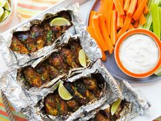 Foil-Pack Grilled Sweet-and-Spicy Chicken Wings recipe from Food Network Kitchen… Grilled Chicken Wings, Grilled Chicken Recipes, Chicken Wing Recipes, Jerk Chicken, Chipotle Chicken, Garlic Chicken, Buffalo Chicken, Grilling Recipes, Cooking Recipes