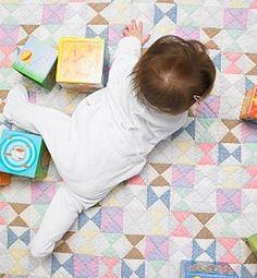 Ideas para estimular a tu bebé: haz una pista de obstáculos