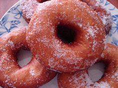 Receita de Argolas de Berlim  Muito saborosas e apetitosas! A receita de Argolas de Berlim é óptima para uma agradável lanche.  Receita completa em http://www.receitasja.com/argolas-de-berlim/