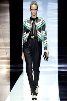 Gucci Spring 2012 Ready-to-Wear Fashion Show - Joan Smalls