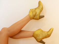 A Pair & a Spare: DIY glitter boots