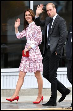 Kate returned to a favored designer for day two of the Canada tour, choosing Alexander McQueen for a series of engagements in Vancouver. The Duchess was in bespoke Alexander McQueen, a version of a dress from the Resort 2017 collection. 9-25-16