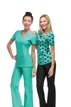 Check out the latest HeartSoul scrubs now available at Sew Shore! Scrubs Outfit, Scrubs Uniform, Nursing Wear, Nursing Clothes, Cna Nurse, Nurse Life, Nurses, Medical Scrubs, Nursing Scrubs