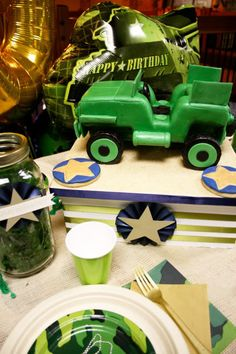 Green Army Man B-day party...cute cake
