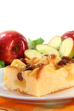 Apple Raisin Clafouti Dessert #Recipe