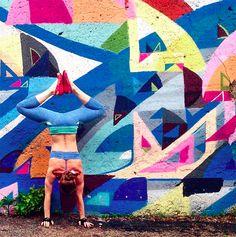 yoga street art fotografias Soren Buchanan