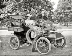 "Vintage Car Models Cadillac Model B Runabout Washington, D. circa ""Miss Corine Murphy in auto. From Shorpy. Photo Vintage, Vintage Cars, Antique Cars, Vintage Auto, Retro Cars, Vintage Black, Vintage Pictures, Old Pictures, Old Photos"