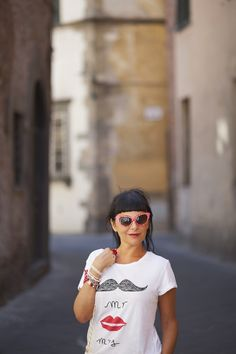 Smiling is Chic: Retro 1950's Polka Dot Cat Eye Fashion Sunglasses 8498