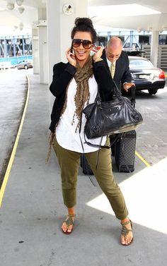 kim kardashian fashion style | arriving-at-jfk-airport-in-new-york-june-30-2010-pic51267