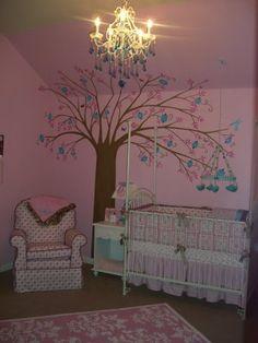 Tree pink room