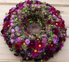 Perfect Purple Flower Arrangements, Funeral Flower Arrangements, Funeral Flowers, Purple Flowers, Outdoor Wreaths, Wreaths And Garlands, Flower Garlands, Casket Flowers, Casket Sprays
