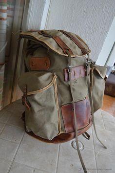 Antigua mochila del ejercito español, buen estado. - Foto 1