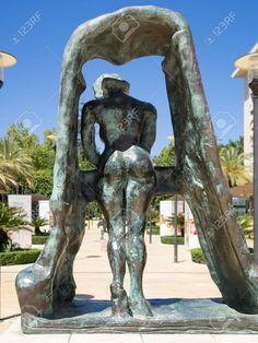 Garden Sculpture, Lion Sculpture, Dali, Statue, Outdoor Decor, Salvador Dali, Sculptures, Kunst, Sculpture