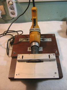 Пила на базе ручной электродрели, электролобзика и болгарки. — Паркфлаер