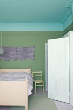 Colours | Cabbage White | Farrow & Ball