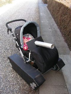 Pin for Later: Stroller Costumes: Outfitting Baby's Halloween Ride! A Tank Many mamas feel like they're driving a tank when they stroll with their carriages, so why not turn it into one for Halloween? Stroller Halloween Costumes, Stroller Costume, Cute Baby Costumes, Last Minute Halloween Costumes, Family Costumes, Cool Costumes, Costume Ideas, Holidays Halloween, Halloween Fun