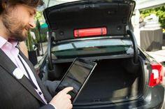 @volvocarsus révolutionne la #livraison en vous proposant de déposer votre colis directement dans le coffre de votre voiture ! Une simple application et c'est parti, pratique non ?