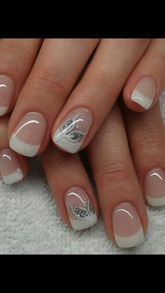 Wedding nails, gel french manicure, ongles gel french, french manucure, french tip French Nails, French Manicure Nails, Toe Nails, Pink Nails, Glitter Nails, Silver Glitter, Nail Tip Designs, Nails Design, Image Nails