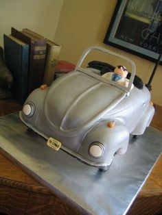 VW cake @Julie Finkenbiner-I thought about you when I saw this :)