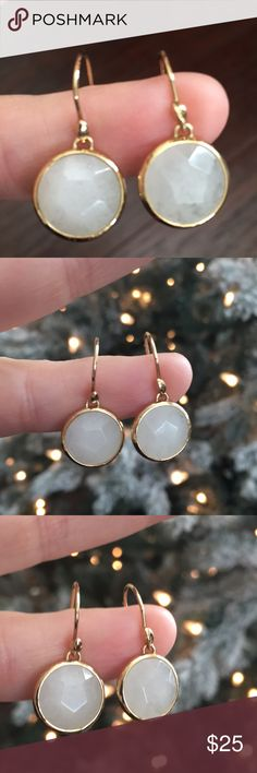 Stella and Dot beautiful drop earrings Stella and Dot beautiful drop earrings with white stone and gold finish. Stella & Dot Jewelry Earrings