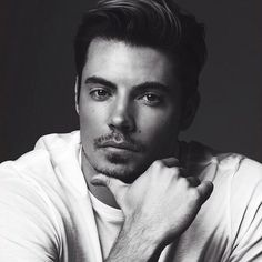 Josh Henderson :) What a handsome man. Current Celebrity Crush.