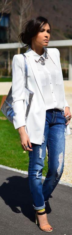 #whiteshirt #jeans