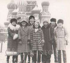 Мода СССР. Афганская дубленка (слева)