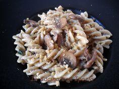 Pasta al pesto di funghi e noci