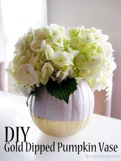 DIY Gold Dipped Pumpkin Vase - Homey Oh My! Plus gold dip mini white pumpkins too & you have yourself a lovely centerpiece! (Add decorative wheat in a ribbon wrapped vase too! Pumpkin Vase, Diy Pumpkin, Pumpkin Crafts, White Pumpkins, Fall Pumpkins, Thanksgiving Decorations, Halloween Decorations, Thanksgiving Menu, Bedroom Door Decorations