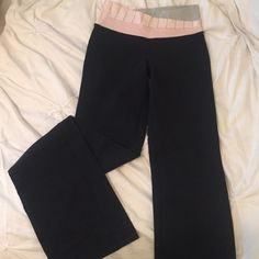 lululemon athletica long pants Full length pants. A little flair at the bottom but wouldn't consider boot cut. Small pocket on the inside. Only worn a few times lululemon athletica Pants Leggings