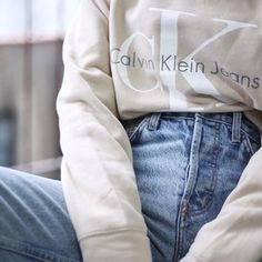 Cream Calvin Klein sweatshirt & high waisted jeans, such a cute outfit x