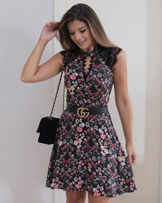 So pretty and feminine. Casual Dresses, Short Dresses, Fashion Dresses, Girls Dresses, Summer Dresses, Dress Skirt, Lace Dress, Dress Up, Pretty Dresses