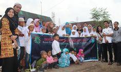 MSI Bagi Sembako dan Satunan Kepada Anak Yatim di Makassar