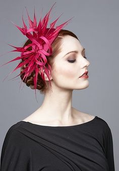 R1799 - Pink silk headdress with arrow feathers and twist