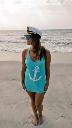 Spending a day on Jones Beach, Long Island in The Starboard Rail anchor tank in Tahiti blue.  #LovingLifeOnTheWater