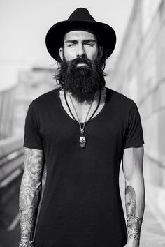 Beard N Tattoos / Simple in black #mens #street #style