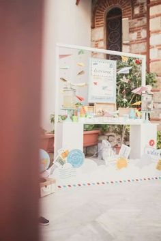 #lemonadebar #baptism #paperplane #paspartoushop Lemonade Bar, Christening Decorations, Paper Plane, Greece, Frame, Home Decor, Greece Country, Picture Frame, Decoration Home